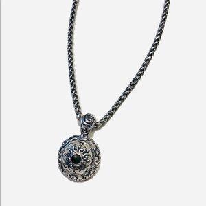 Gorgeous dome shape necklace black stone
